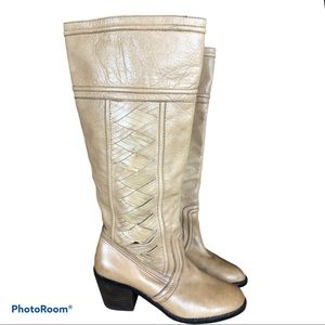 FOSSIL Felicia woven leather riding heeled boot